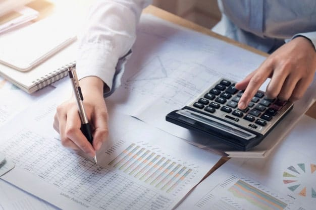 Bookkeepers in Mississauga Can Save you Money